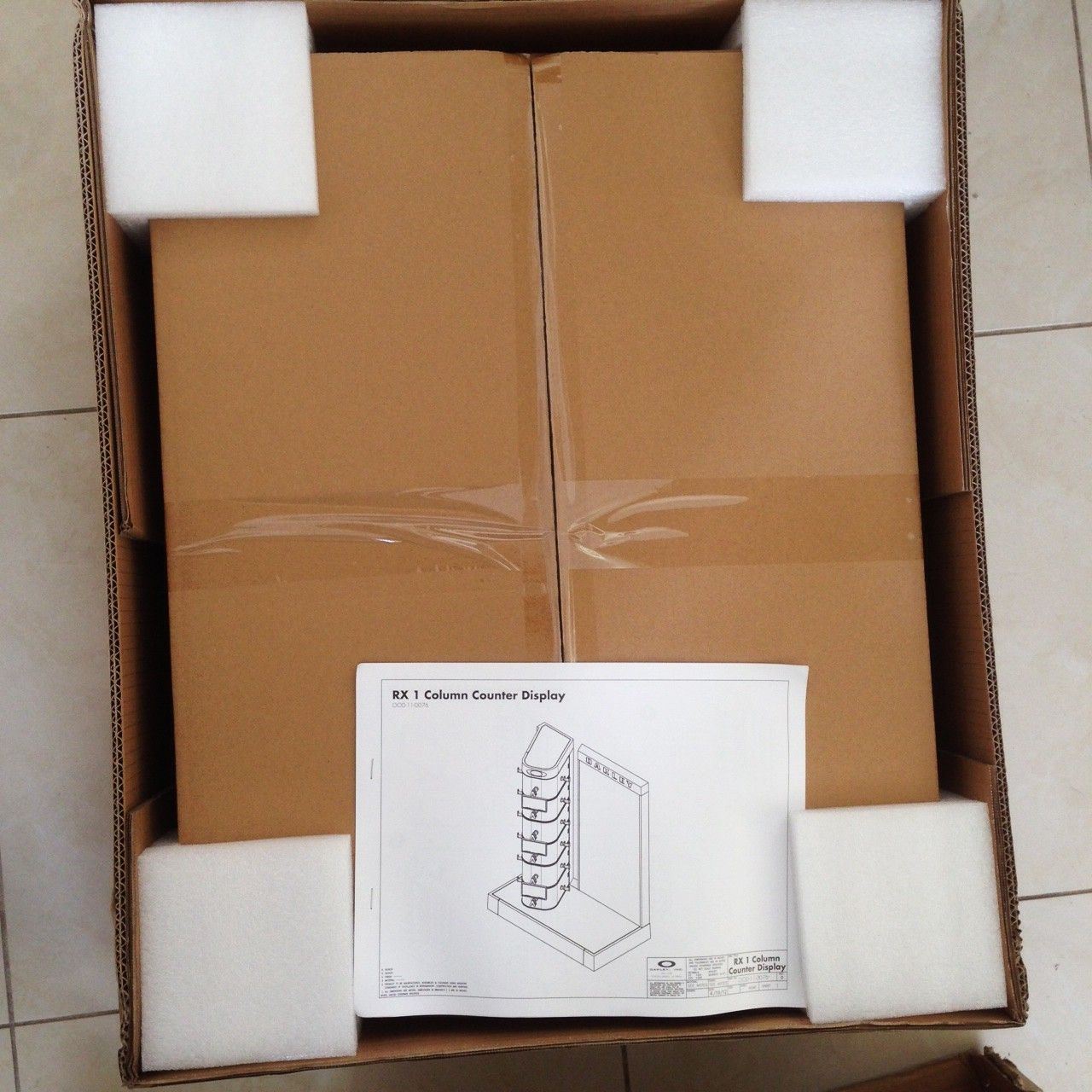 New in Box Oakley Counter Display - IMG_7804.JPG