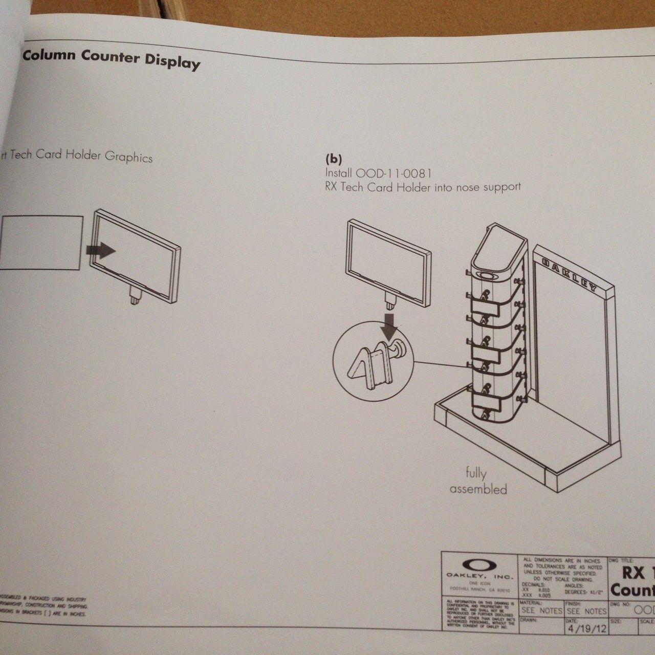 New in Box Oakley Counter Display - IMG_7808.JPG