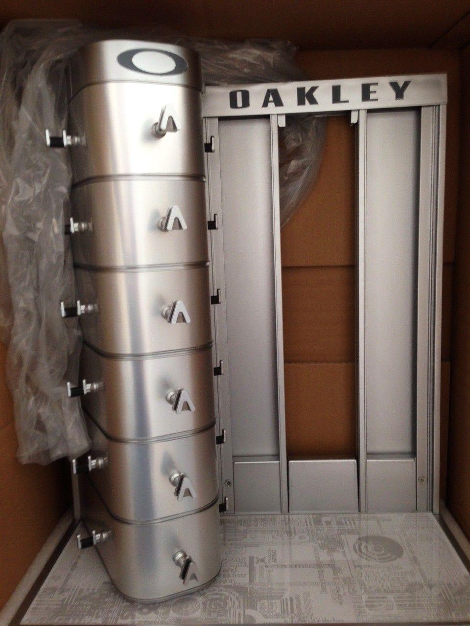 New in Box Oakley Counter Display - IMG_7813.JPG