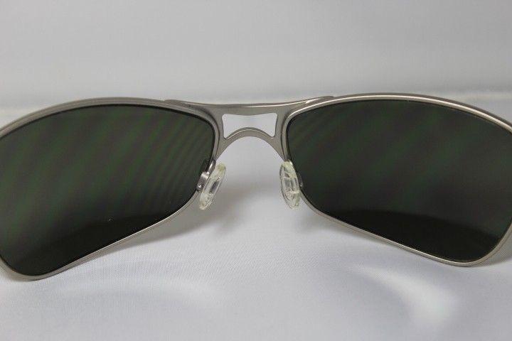 Crosshair 1.0 Silver/Dark Grey - IMG_7887.JPG