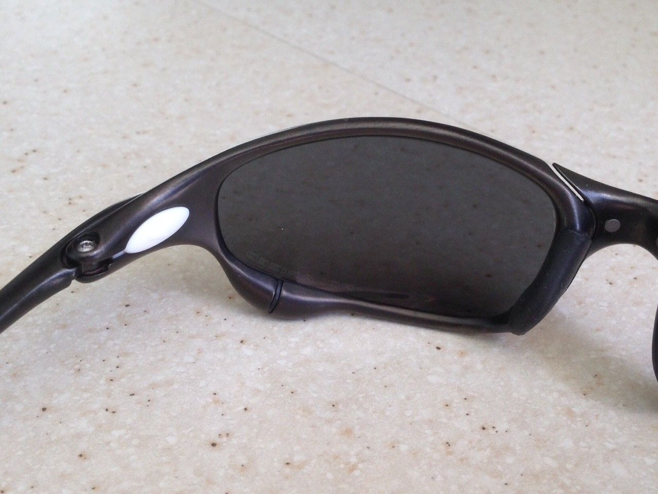 JULIET CARBON / POLARIZED BLACK IRIDIUM - IMG_8154.JPG