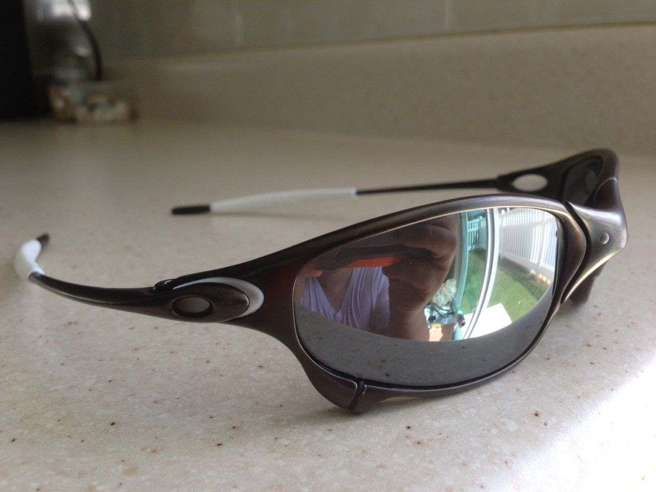 JULIET CARBON / POLARIZED BLACK IRIDIUM - IMG_8157.JPG