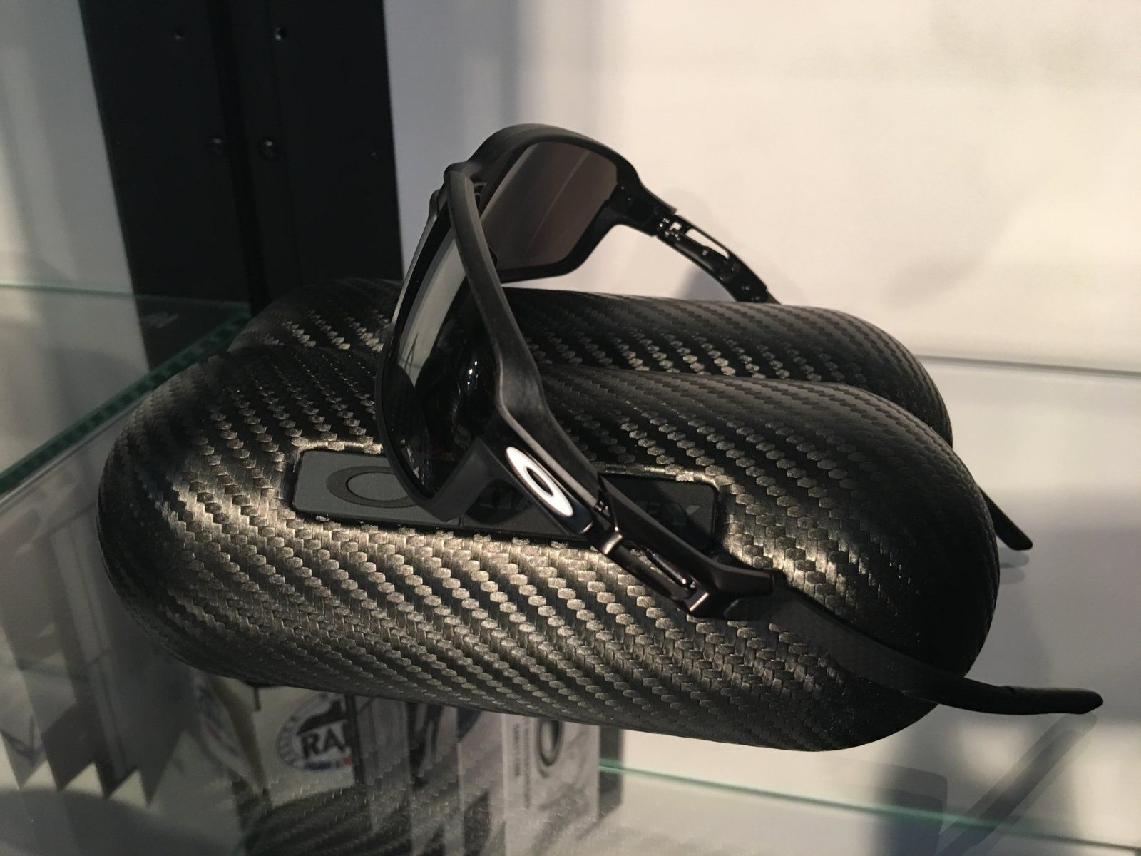 Review: Oakley Carbon Prime Limited Edition MotoGP — SKU OO6021-0463~(I619XX -I62XXX) - IMG_8269.JPG