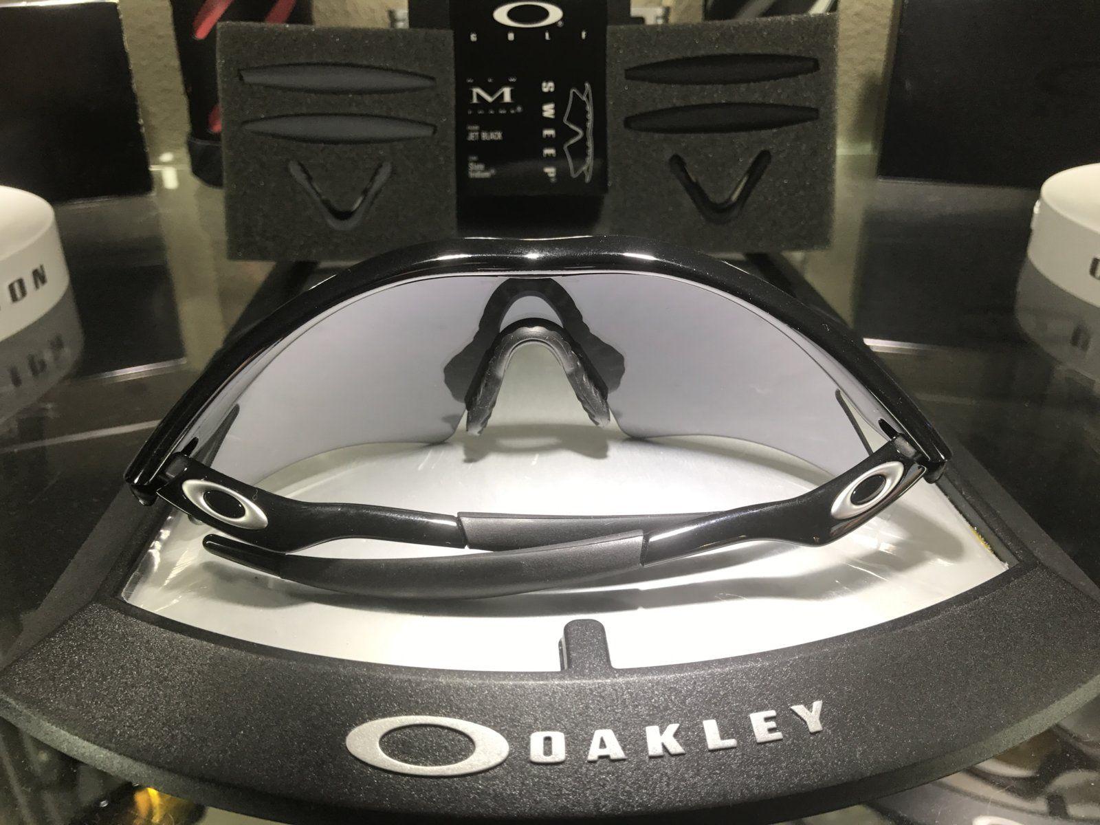 M-Frame Sweep jet Black w/ slatte Iridium SKU: 09-608 + 2 set of new oem rubbers - IMG_8329.JPG