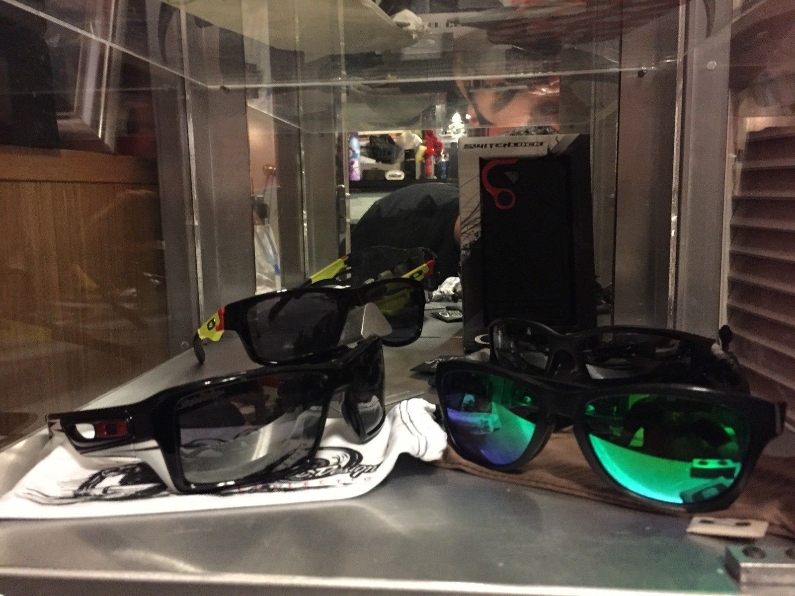 My art in the eyes of Oakley - IMG_8390.JPG