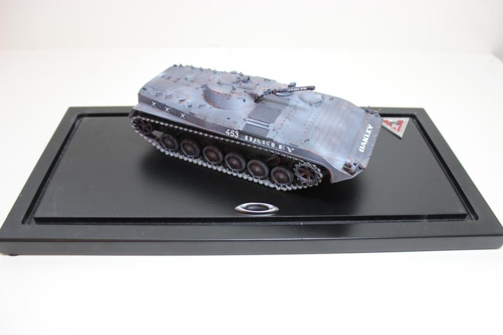 V2oak's 4th DIY/ Custom scaled model Oakley Tank - IMG_8672_zpsc1ddf1ec.jpg