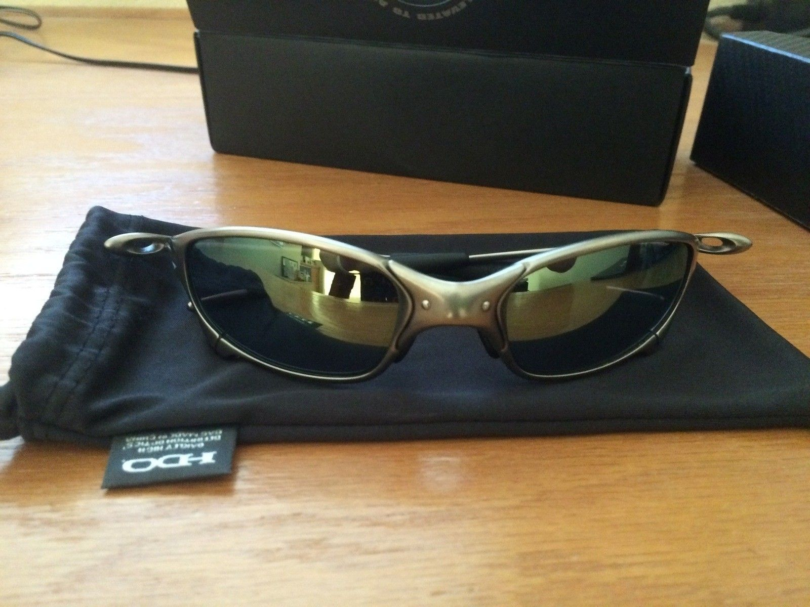 Oakley juliet 04-150 plasma with emerald & will throw in both ice ird and fire ird lens - IMG_9171.JPG