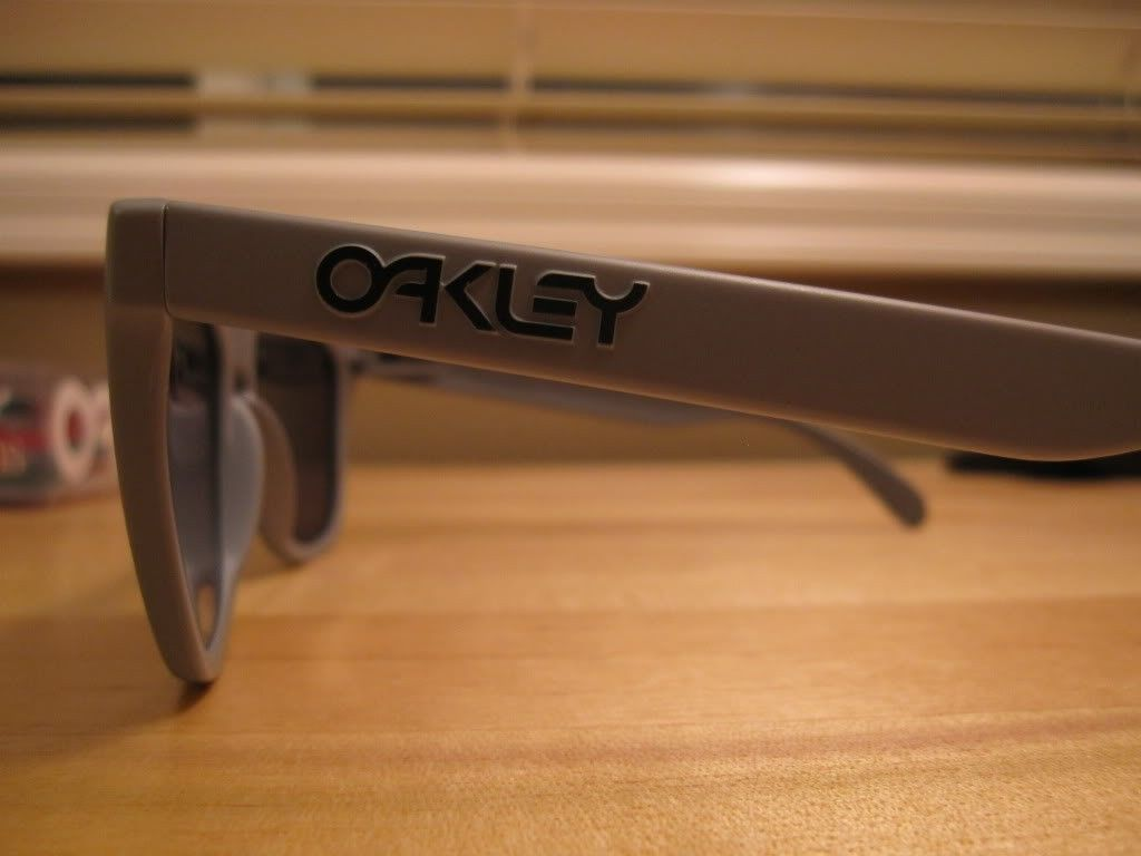 2 Pairs Of Matte Grey And Grenade Fade Frame - IMG_9205.jpg