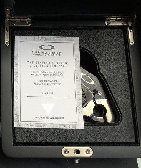 BNIB Limited edition carbon carabiner #463 - IMG_9868a.jpg