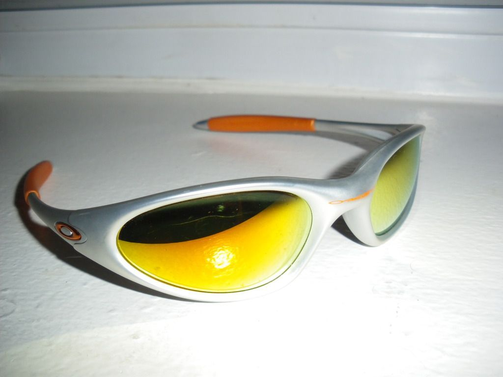 Oakley Minute Thrift Store Find - IMGP8119.jpg