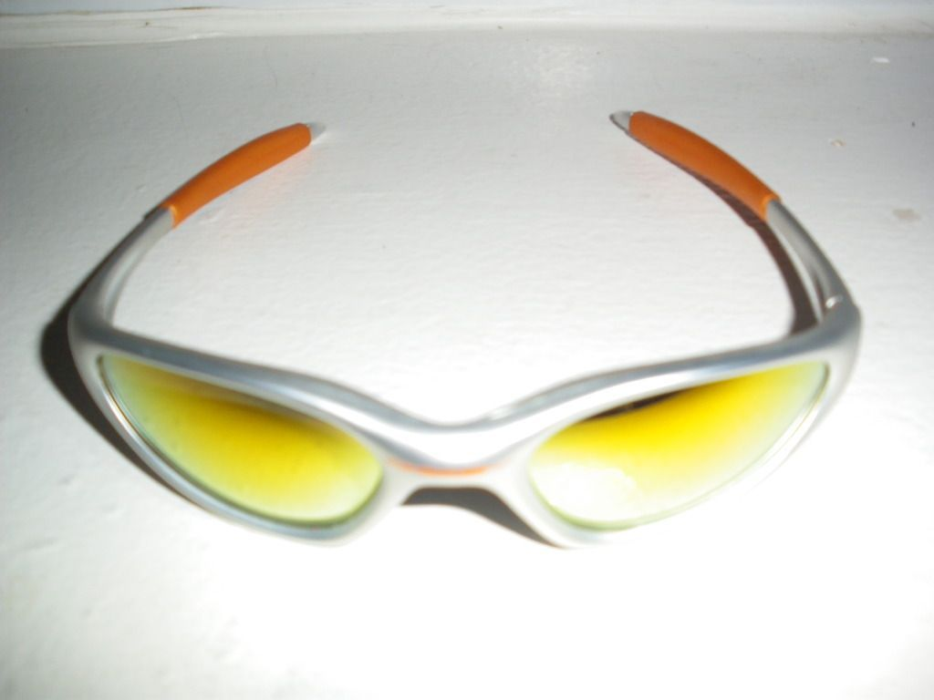 Oakley Minute Thrift Store Find - IMGP8122.jpg