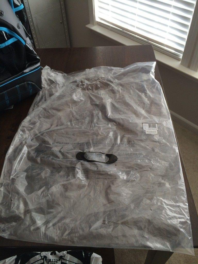 BNIB Tron Pit Boss / Backpack Set - iphone%202014-15%20666.jpg