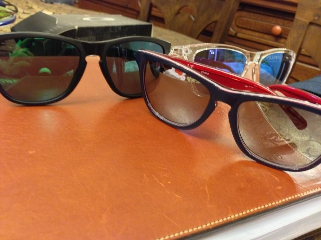 Love At First Sight To Frogskins - jgGinjL.jpg