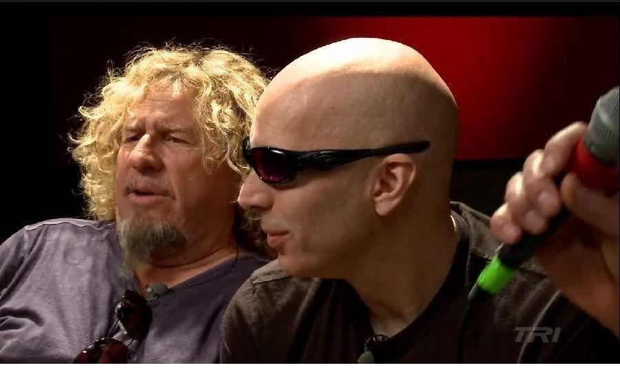 Joe Satriani And Oakley Straight Jacket - joesat.jpg