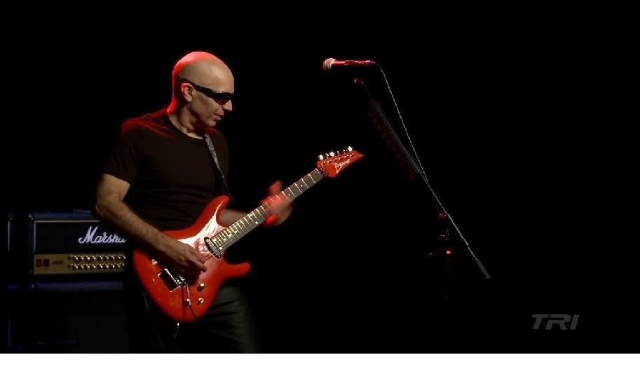 Joe Satriani And Oakley Straight Jacket - joesat1.jpg