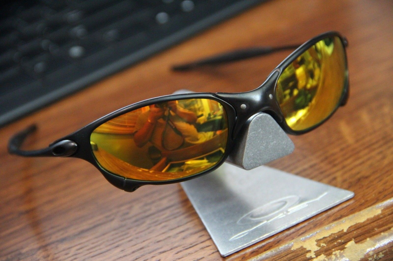 Oakley Juliet Fire Iridium: Choosing Frame - $(KGrHqF,!p8FIMs!+y+lBSGBg4MWfw~~60_57.JPG