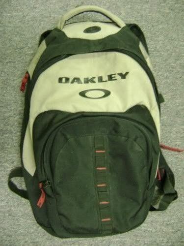 What Oakley Backpack Is This? - KGrHqJHJDcE63ZkMdPBO8Lge1g60_12.jpg