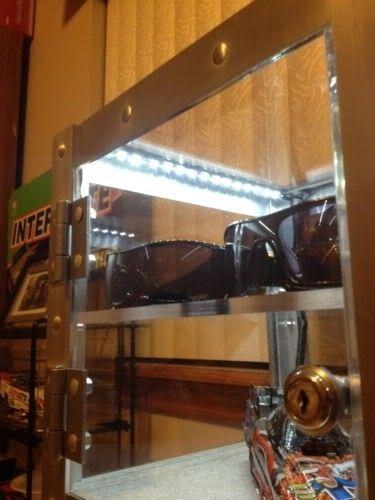 LED Lighting For Oakley Displays..... - KGrHqJpQE7BcvTbrBPCkdw5cw60_12.jpg