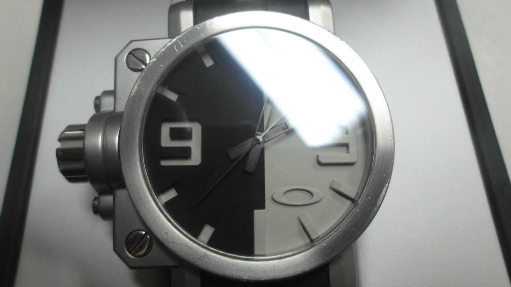 Oakley Gearbox......question? - KGrHqJrgFJgefV3bHBSccJ0mNQ60_57_zps2d132353.jpg