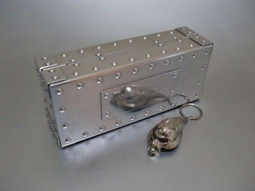 Polishing Vaults And Cases - KGrHqRp4E8WkyvucLBPGv8YiSg60_12.jpg