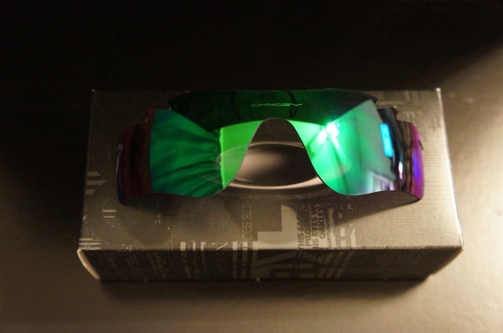 Radarlock +Red And Jade Iridium Lenses - Factory Fresh - BNIB - ku0e.jpg