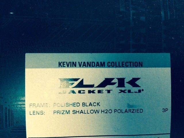 Brand New Shallow H2O Prizm BLack Flak Jkt XL KVD Verison - kvd box.jpg