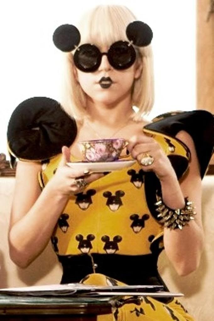 Recent Non-Oakley Purchases - lady-gaga-jeremy-scott-linda-farrow-mickey--sunglasses2.jpg