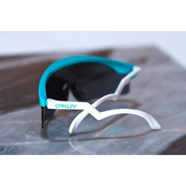 Heritage/30 Years Of Sport Collection Pictures - lunettes-oakley-razorblade-seafoam-oo9140-11.jpg