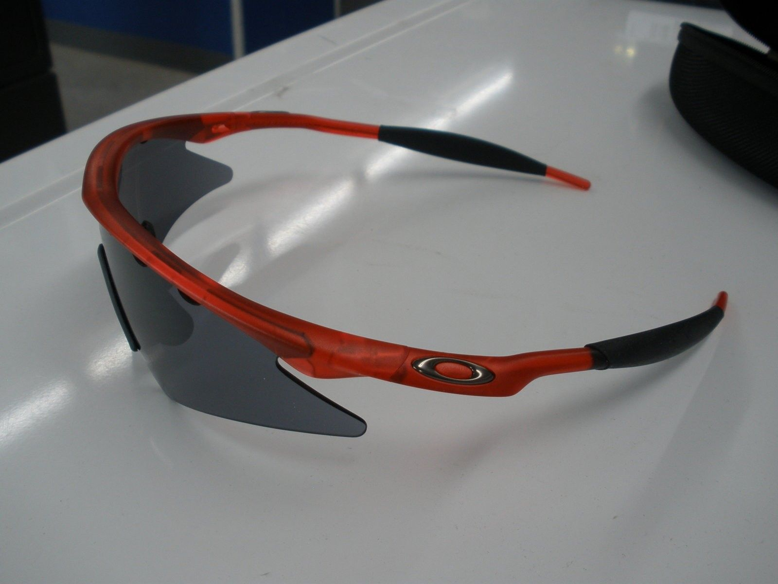 M-Frame Crystal Red Vented Sweep BI + xtras - M FRAME 008.JPG
