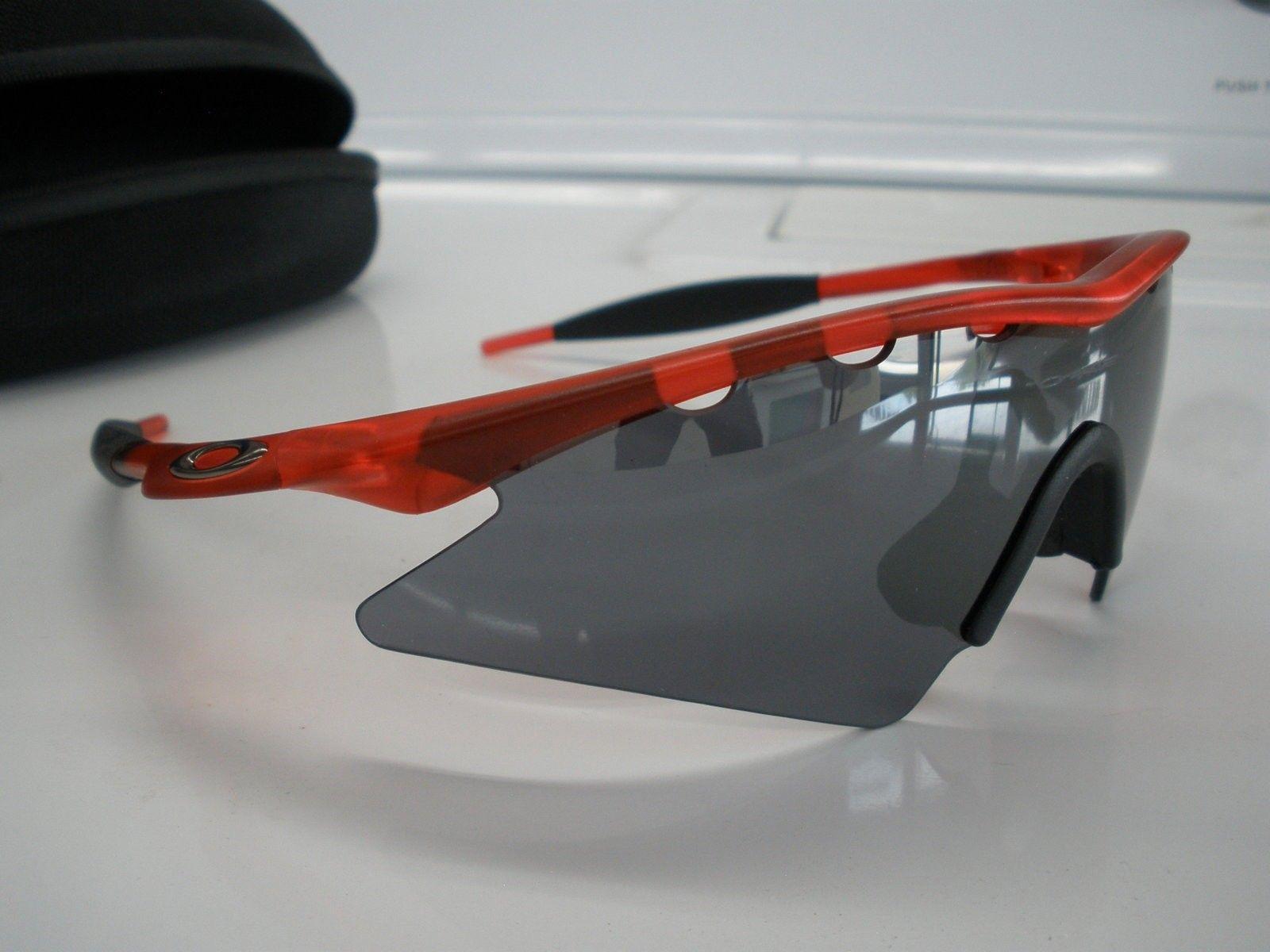 M-Frame Crystal Red Vented Sweep BI + xtras - M FRAME 012.JPG