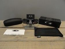 Oakley Tinfoil Brushed Chrome Grey Polarized - m5vs1dCH_8yiUS3B54eOl_Q.jpg