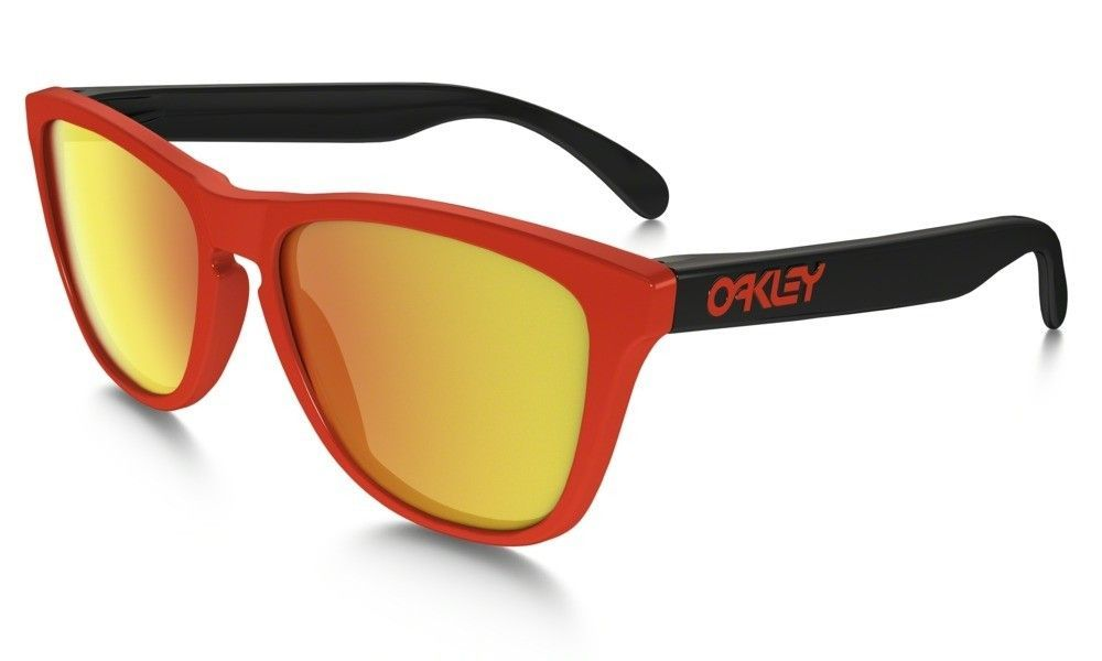 Frogskins Frame Color Difference - main_OO9013-34_Frogskins_Red-Fire-Irid_001_64953_png_hero.jpg