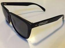 Vintage Oakley Frogskins Matte Black Frame First Generation Japan Gen 1 Rare - mD7AiBOQGodMxWps7maT5aQ.jpg