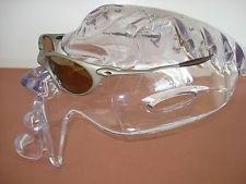Oakley Clear Bob Head Display - mECQ4z-6JE1pQFZWBNH5O8A.jpg