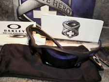Oakley Infinite Hero Split Jacket Carbon w/ Violet Lenses - ml-cEH733yvMMBDeTwfJNhg.jpg