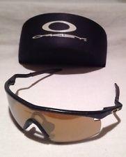Oakley M Frame Sunglasses - Black & Gold / Root Beer - mL8uyBj8VGf3Zm7lHcS41eQ.jpg