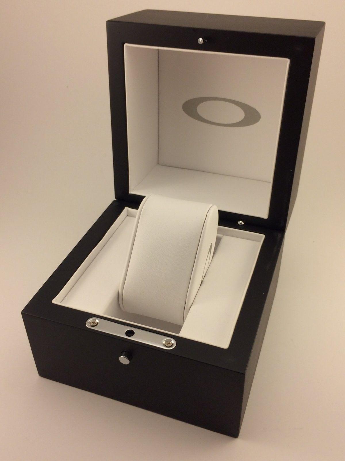 Minute Machine Wooden Box - MM box 704.JPG