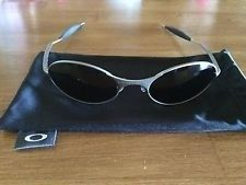 Oakley Classic Rare E Wire Light Oval Sunglasses - mQbC6FdQ2USm6pbgSzr4bAg.jpg