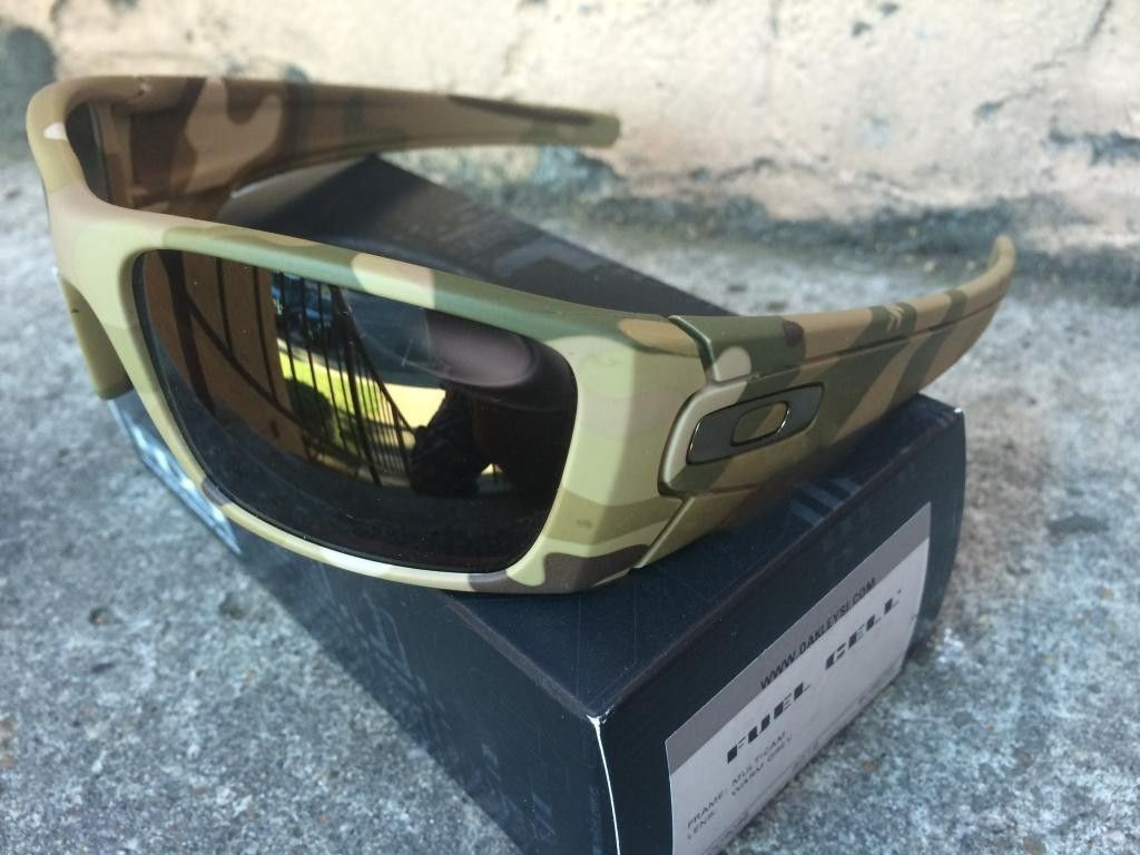 Oakley Crosshair & Fuel Cell - multicam1_zpsed178b16.jpe