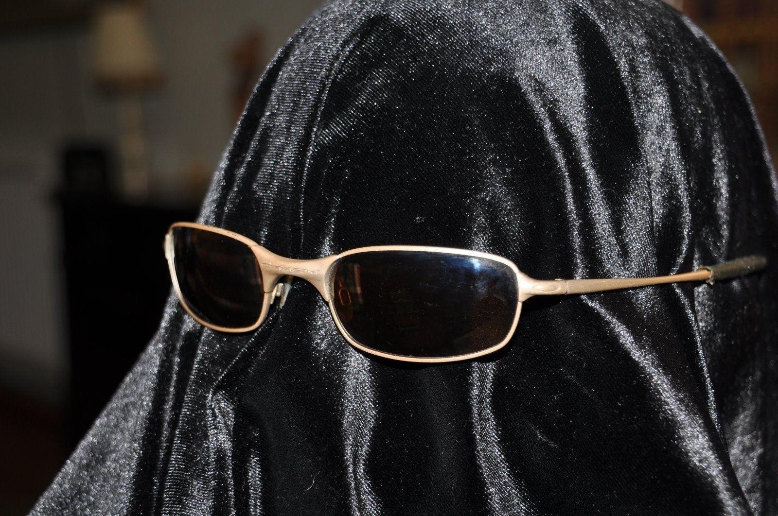 ISIS selling Sunglasses on UK eBay. - Muslim glasses..jpg