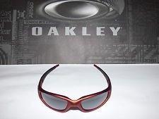 04-268 Oakley Straight Jacket Sunglasses New FMJ Red / Black Iridium Rare NWOT - mWQjPf7_Hm3lde4Rbaux44w.jpg