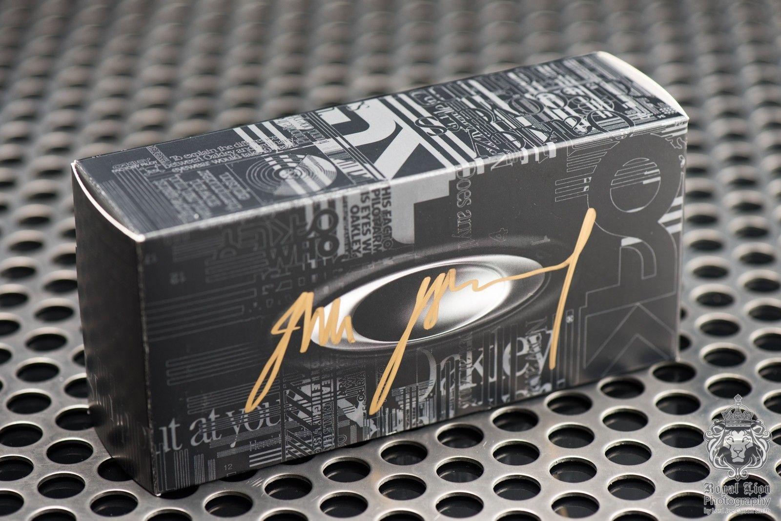Oakley Nanowire 4.0 Signed by Jim Jannard - ND8_3486.jpg