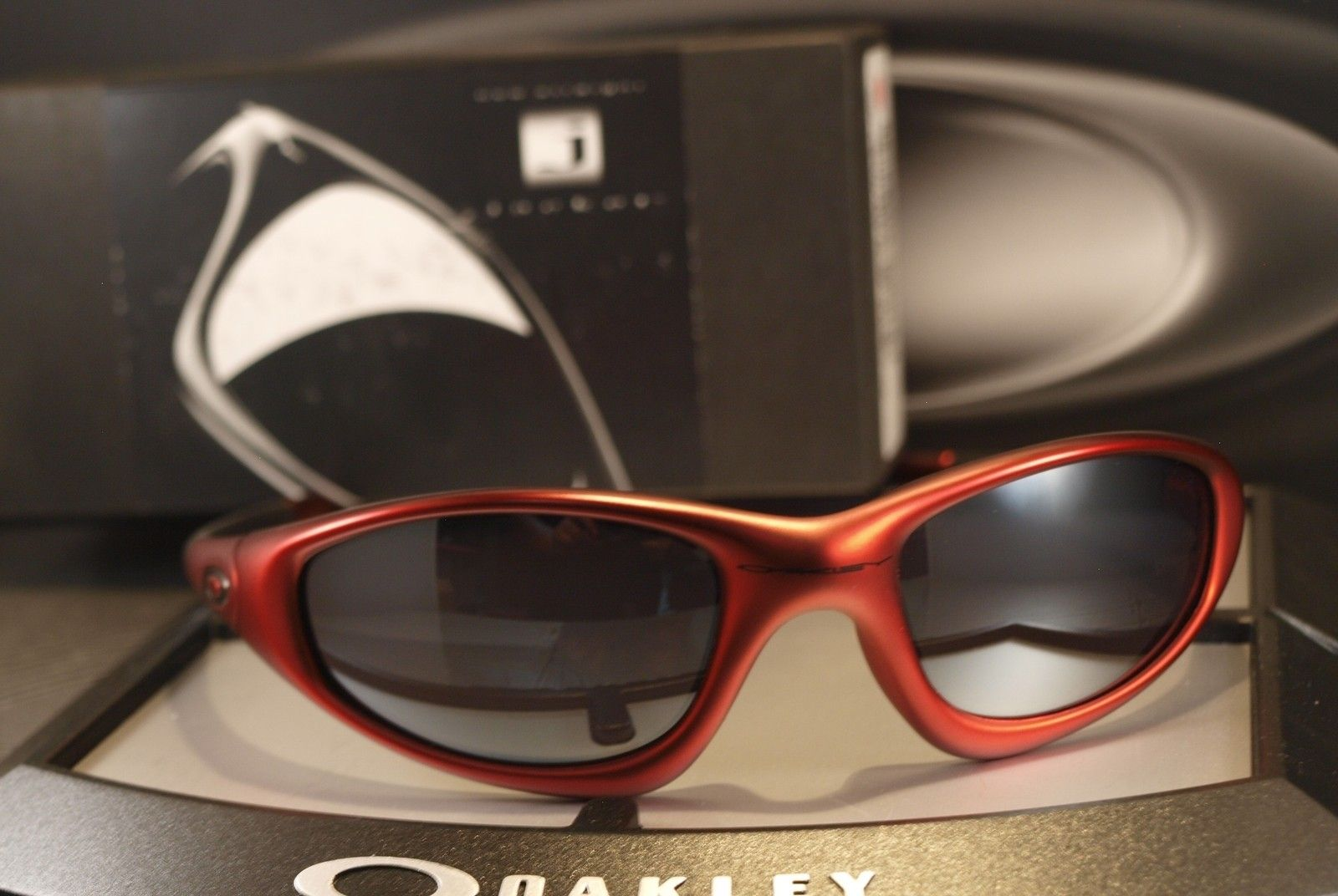 FS: OAKLEY New Straight Jacket ? RARE 04-268 ? BNIB ? Vintage ? FMJ Red ? - newstraightjktfmjred.jpg