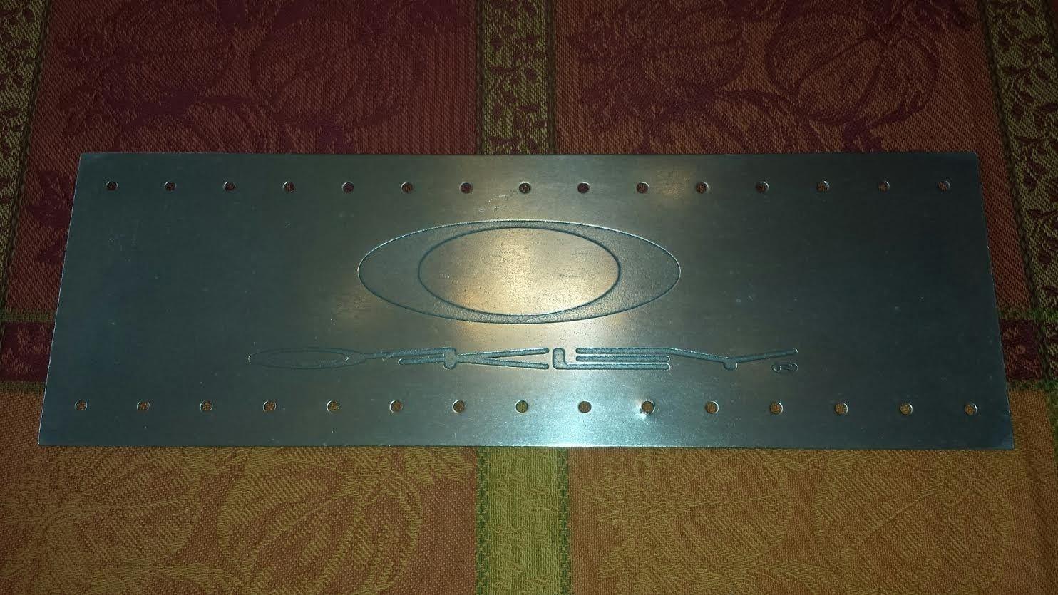 Oakley Metal Sign - norivets3.jpg