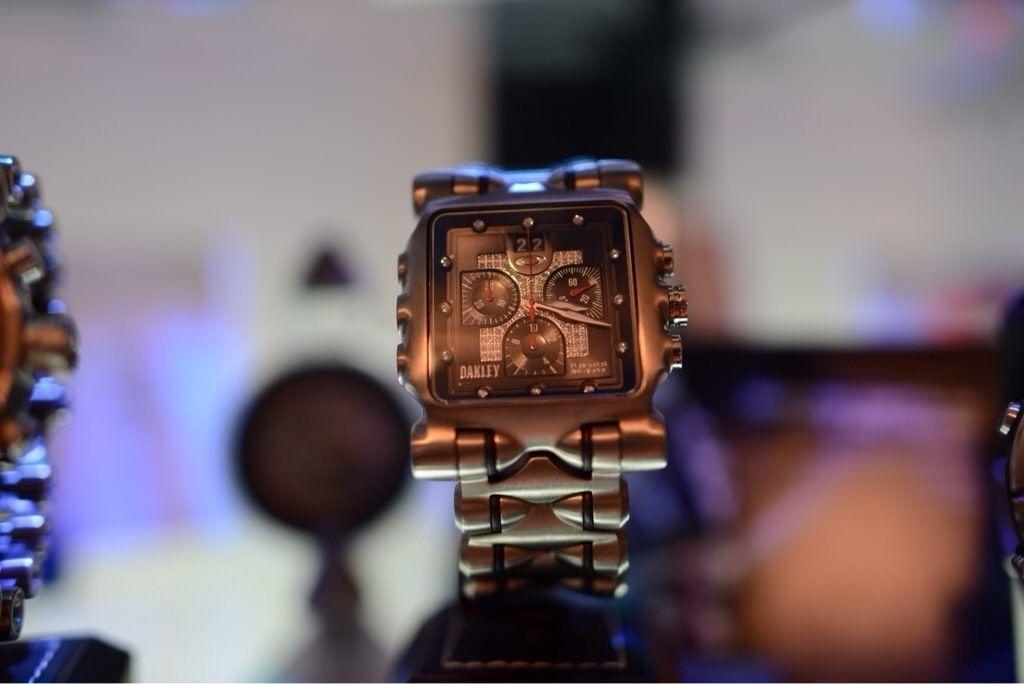 GH4AU's little Oakley watch collection - nu6ype7u.jpg