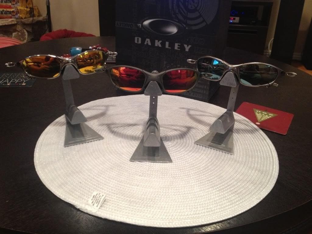 Oakley Metal Stands - null_zpsd3c6b419.jpg