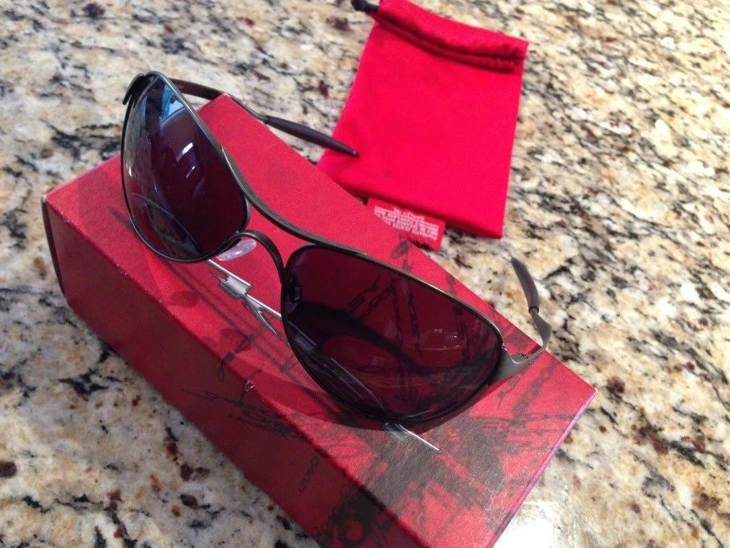 Selling Some Pairs - null_zpsf74560a9.jpg