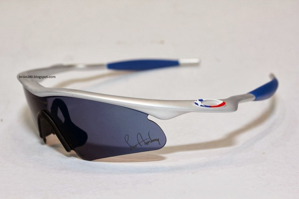 SOLD Brand New M-Frame Earsocks Blue - o-MPro+Armstrong2.JPG