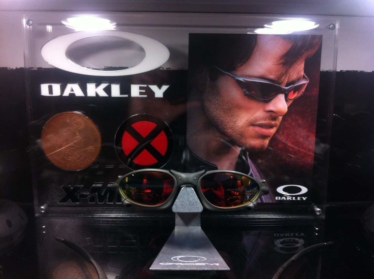 Custom X-Men Display For Ruby Pennys - oak13.JPG