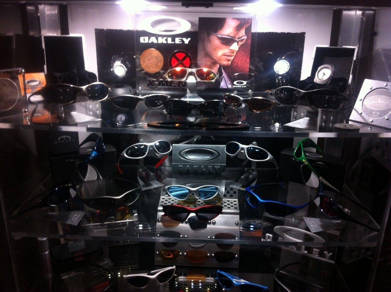 Custom X-Men Display For Ruby Pennys - oak15.JPG